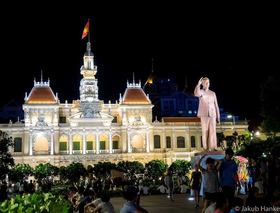 Tran Nguyen Hai Statue